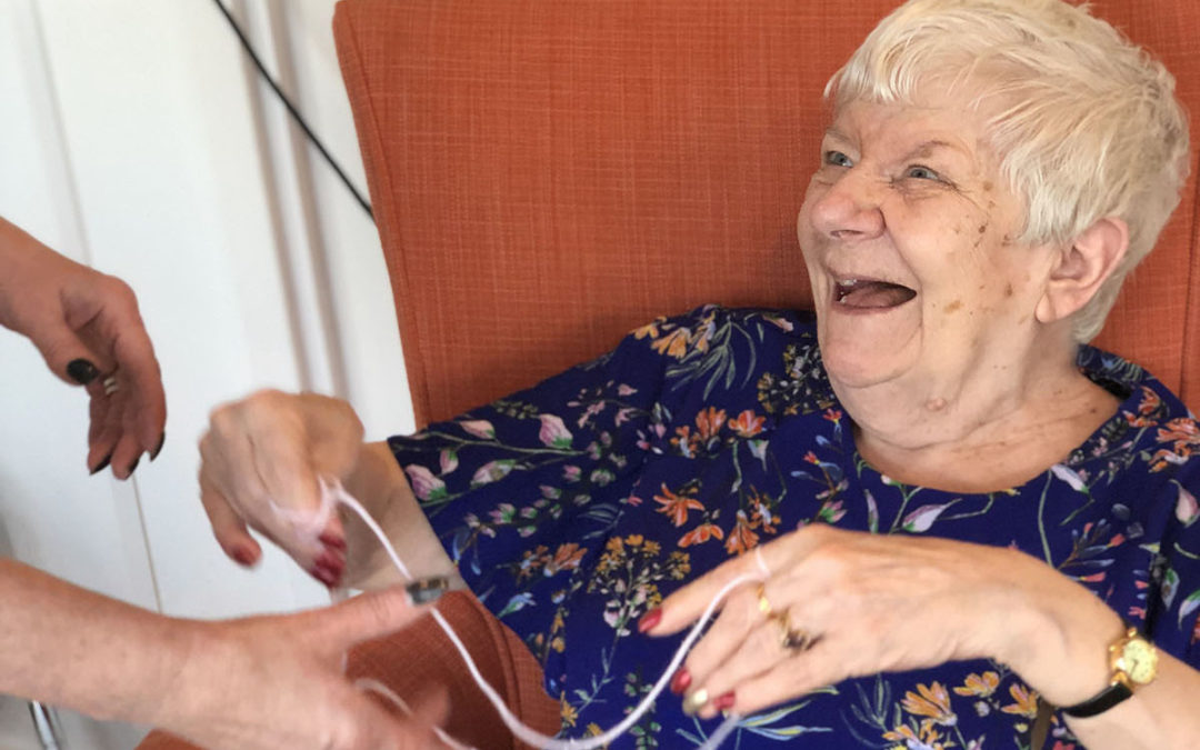 Cats cradle fun at Bromley Park Care Home