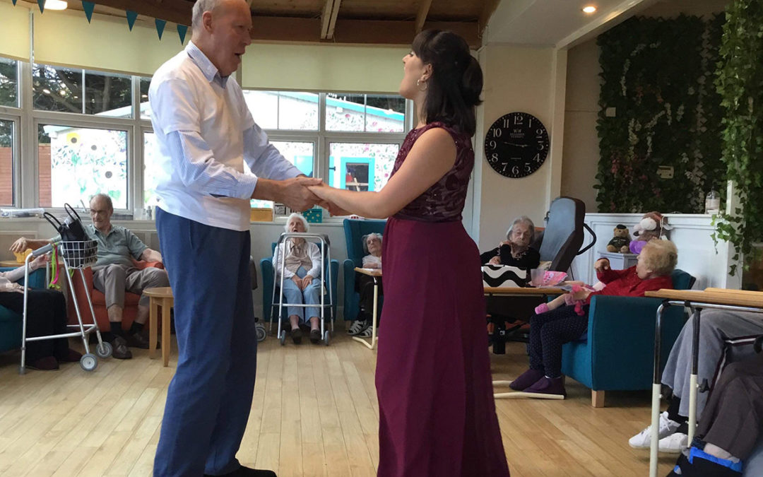 Singer Theresa performs at Bromley Park Care Home