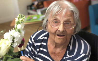 Flower arranging and art at Bromley Park Care Home