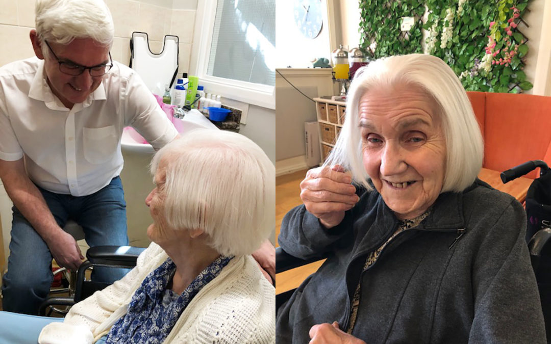 Hairdresser Rob works his magic at Bromley Park Care Home