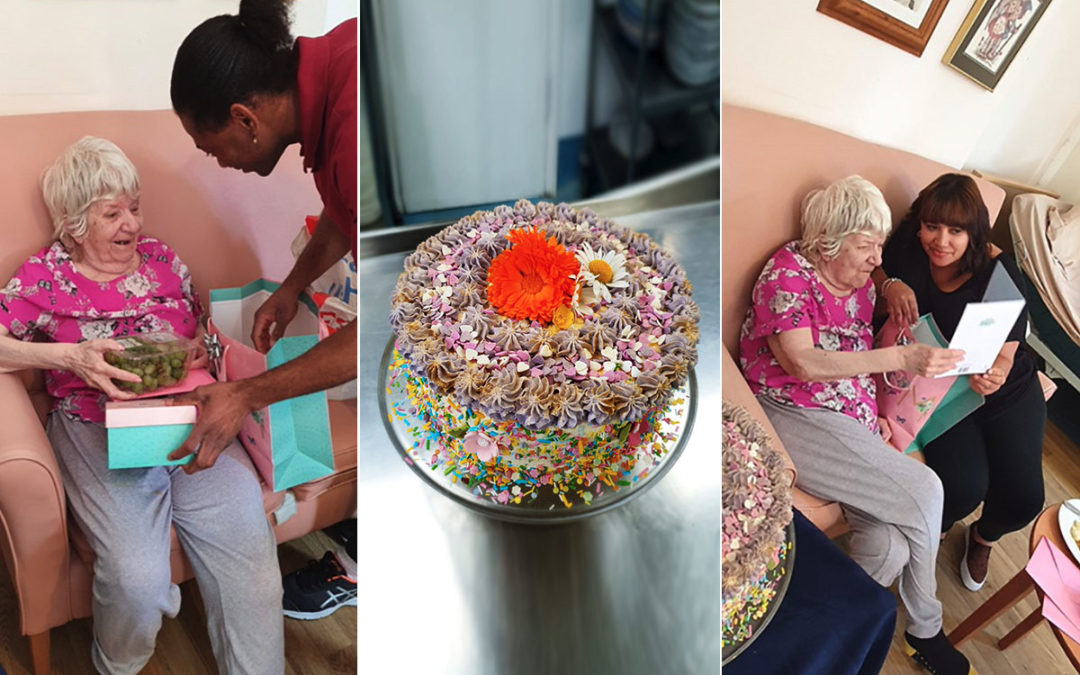 Many happy returns to Linda at Bromley Park Care Home