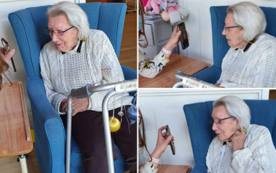 Keeping in touch with family Down Under at Bromley Park Care Home