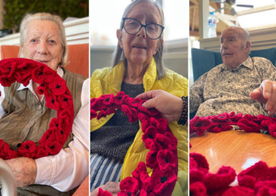 Bromley Park residents with a handmade remembrance poppy wreath