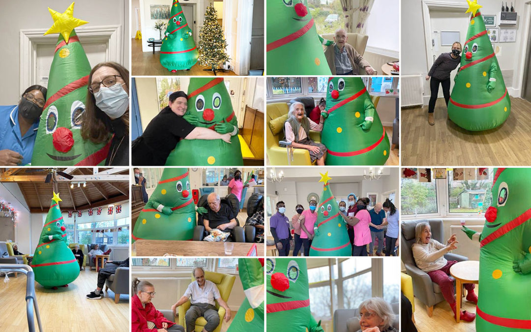 Christmas tree giggles at Bromley Park Care Home